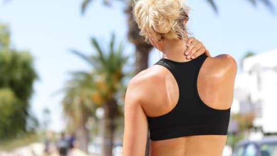 Diese Sportarten können bei Nackenschmerzen helfen